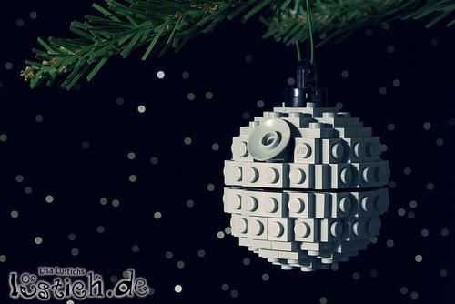 Todesstern am weihnachtsbaum bild - Star wars weihnachtsbaum ...