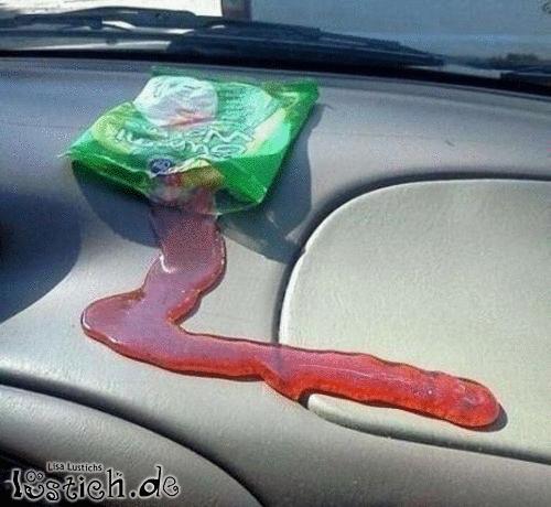 Gummi schlangen im auto vergessen bild for Schlussel im auto vergessen