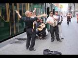 Straßenmusiker in Helsinki