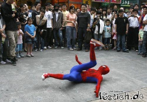 Der tanzende Spiderman
