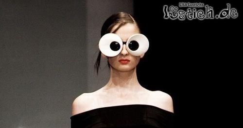 Modische Brille