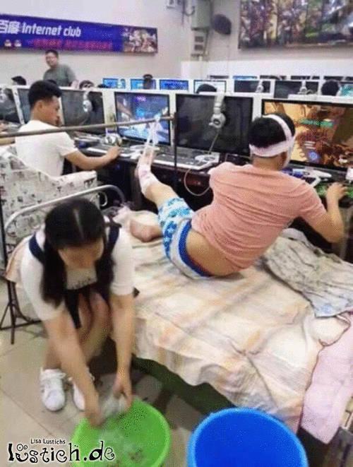Spielen im Krankenbett