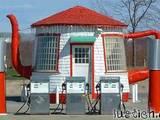 Teekannen-Tankstelle